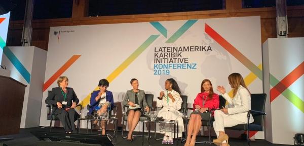 Viceministra de Relaciones Exteriores participó en panel sobre perspectivas  en Berlín