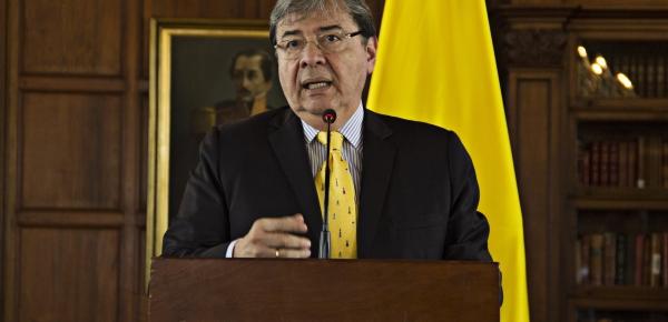 Ayuda humanitaria para Venezuela es un proceso que comprende el esfuerzo de muchas naciones, aseguró el Canciller Carlos Holmes Trujillo en rueda de prensa
