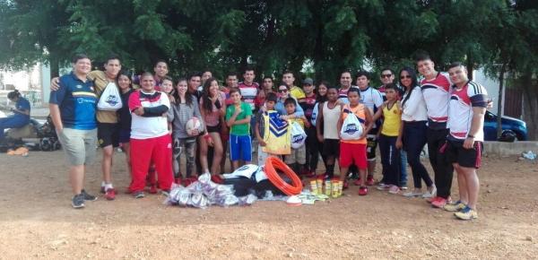 Cancillería entrega implementos deportivos que benefician a 250 jóvenes del programa 'Más niños jugando rugby' en Norte de Santander
