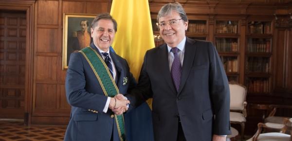 Cancillería condecoró con la Orden de San Carlos a Martín Santiago Herrero, Coordinador Residente y Humanitario de UN