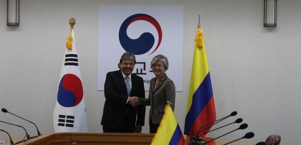 Ministros de Relaciones Exteriores de Colombia y Corea se reunieron con el propósito de revisar los principales temas de la agenda bilateral