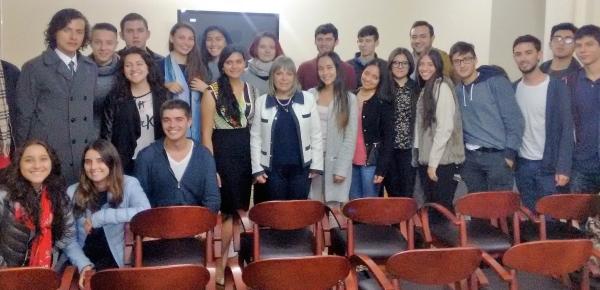 Estudiantes de la Universidad Los Andes visitan la Academia Diplomática