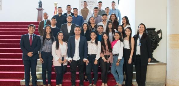 Estudiantes de la Universidad Santo Tomás de Villavicencio aprendieron sobre relaciones internacionales, en la Academia Diplomática Augusto Ramírez Ocampo