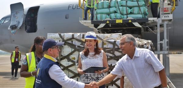 Embajadora de Colombia realizó la entrega de ayuda humanitaria para afectados por Huracán Irma en Cuba