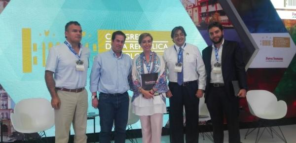 El director para el Desarrollo y la Integración Fronteriza de la Cancillería, Víctor Bautista, participó en el encuentro 'Norte de Santander, puerta al desarrollo', que fue organizado por el Senado de la República de Colombia y Foros Semana.