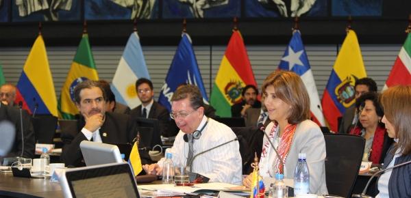 Ministros de Relaciones Exteriores de Unasur