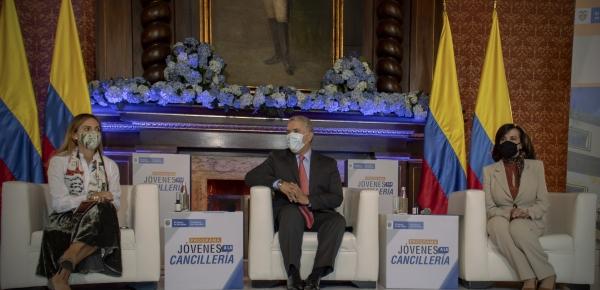 """XV jornada de """"Jóvenes a la Cancillería"""" contó con la participación del Presidente Iván Duque y de la Canciller Blum"""