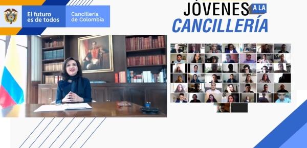 Canciller Claudia Blum lideró la XIV versión del programa 'Jóvenes a la Cancillería' y los invitó a ser parte de la convocatoria a la Academia Diplomática
