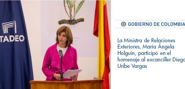 La Ministra de Relaciones Exteriores, María Ángela Holguín, participó en el homenaje al excanciller Diego Uribe