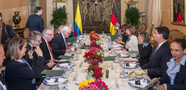 Ministros de Relaciones Exteriores de Colombia y Alemania sostuvieron desayuno de trabajo