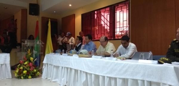 Directores de Migración Colombia y de Soberanía Territorial y Desarrollo Fronterizo de la Cancillería participan en el debate de la Comisión Segunda de la Cámara en Maicao