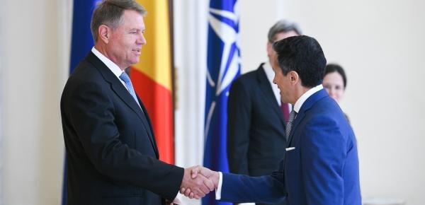 Embajador Javier Higuera presentó cartas credenciales ante el Presidente de Rumania, Klaus Iohannis