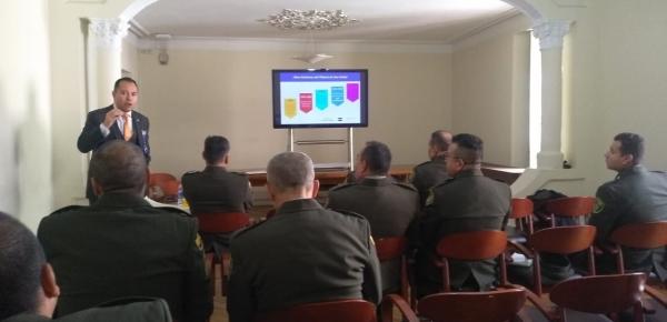 Academia Diplomática capacitó a futuros secretarios de agregadurías de la Policía Nacional del servicio exterior