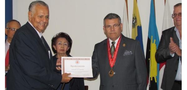 Por su labor humanitaria el Consulado de Colombia en Maracaibo recibió un reconocimiento por parte de la Cruz Roja