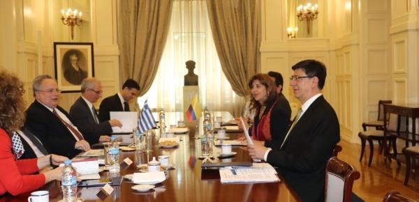 En reunión ampliada, Colombia y Grecia celebraron el fortalecimiento de las relaciones de los dos países a lo largo del año