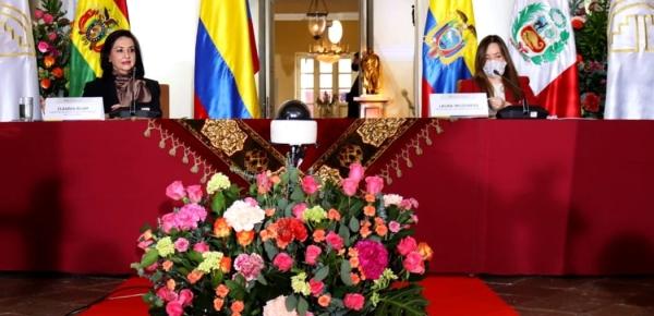 Canciller Blum participa en el Consejo Andino de Ministros de Relaciones Exteriores