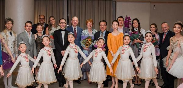La Embajada de Colombia participó en el 10º Aniversario de la Academia de Ballet Cheng de Singapur
