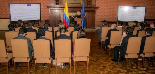 Estudiantes de la Academia Diplomática recibieron capacitación sobre el reto que supone la desinformación en tiempos electorales