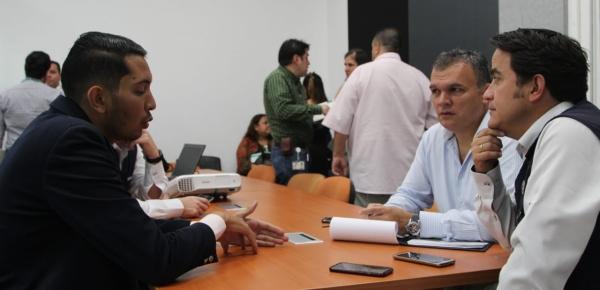 """""""25% de la población regular venezolana en Antioquia está afiliada al régimen contributivo. Están pagando su salud y este es un indicador muy positivo para el país"""", Director para el Desarrollo y la Integración Fronteriza"""