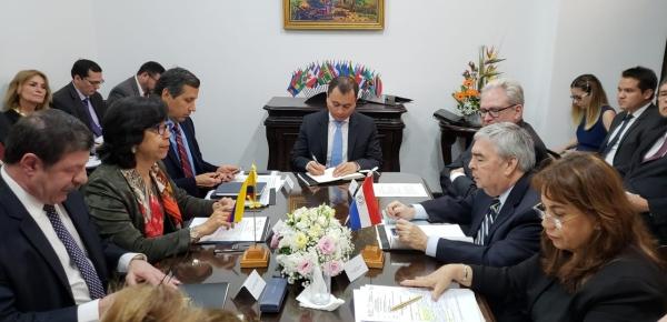 Viceministra Luz Stella Jara reiteró el compromiso de Colombia para continuar cooperando en tema de seguridad con Paraguay
