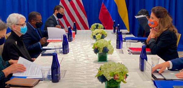 Vicepresidente y Canciller sostuvo reunión con la Subsecretaria de Estado de los EE.UU. Wendy Sherman en la que destacaron la relación estratégica y de cooperación entre los dos países