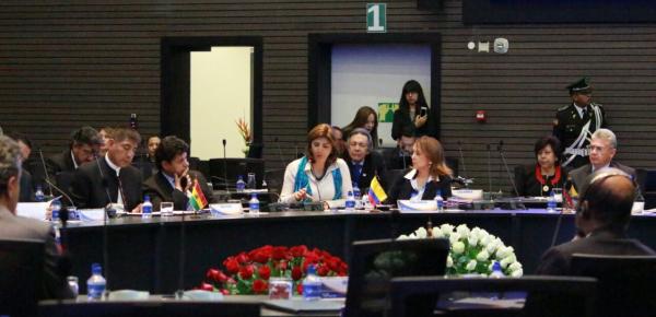 Canciller Holguín participó en la reunión extraordinaria del Consejo de Cancilleres de Unasur en Quito