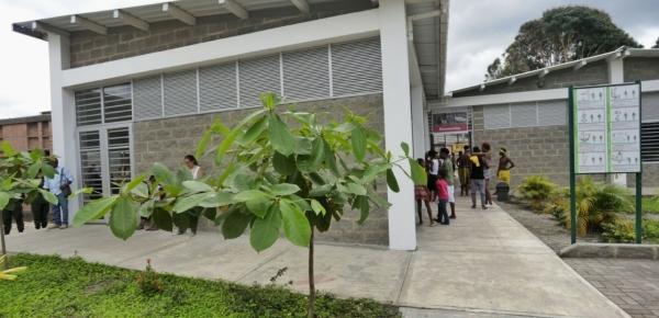 """""""En este escenario niños y jóvenes descubrirán que muchos de sus sueños pueden hacerse realidad"""": Alcalde de Tumaco durante la inauguración de la Casa Lúdica en el barrio Nuevo Horizonte, Tumaco"""
