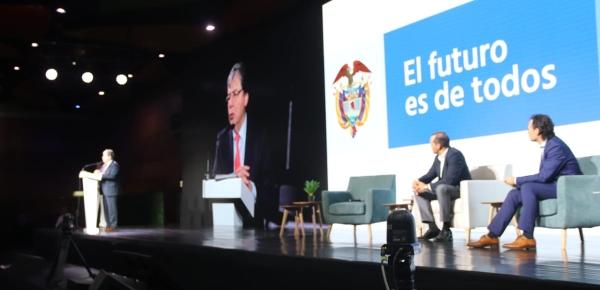 Colombia avanza hacia un modelo económico
