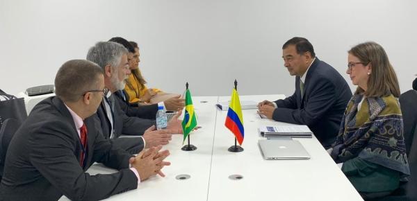 Viceministra Adriana Mejía sostuvo reunión bilateral con Wagner Rosario, Ministro Jefe de la Contraloría General de la Unión de Brasil