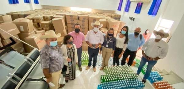 Directora de Fronteras de la Cancillería lideró entrega de insumos biomédicos al Hospital San Vicente de Arauca, para mitigar el impacto de la emergencia de salud causada por el Covid 19
