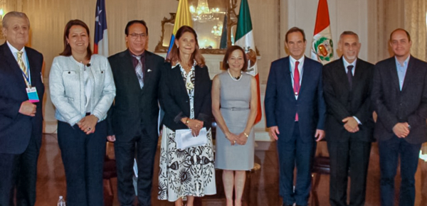 Sostenibilidad y equidad de género, temas de la conversación de la Vicepresidente y Canciller con la Alianza del Pacífico