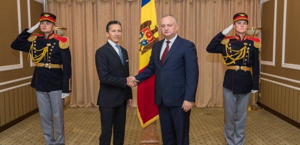 Embajador Javier Higuera presentó cartas credenciales ante el presidente de Moldova